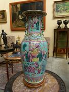 A Chinese porcelain vase.